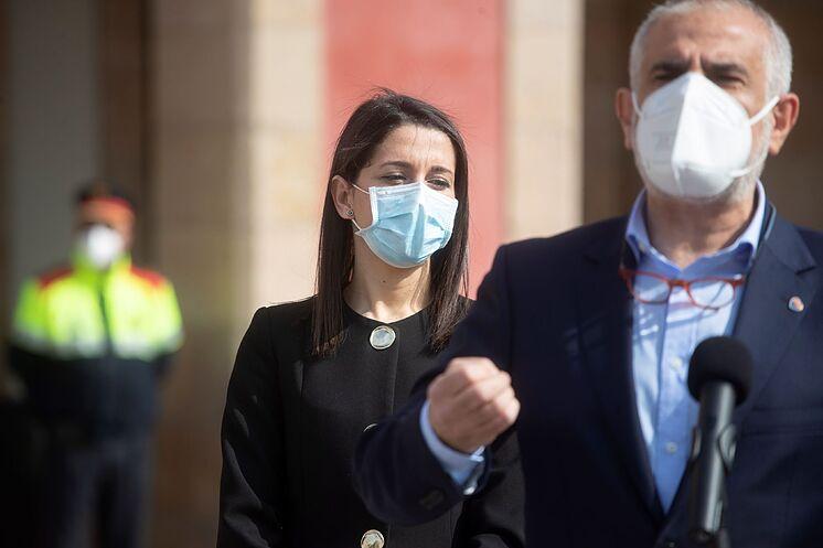 La presidenta de Ciudadanos, Inés Arrimadas, y el presidente del...