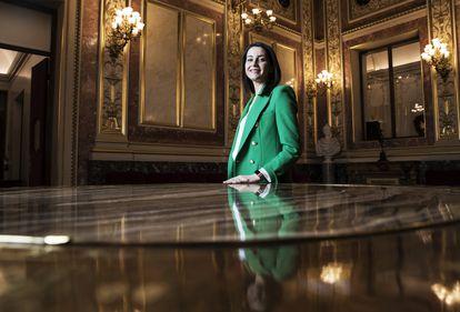 Inés Arrimadas en el Salón de los Pasos Perdidos del Congreso de los Diputados.